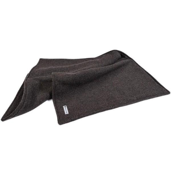 hundedecken sch ne praktische decken f r hunde. Black Bedroom Furniture Sets. Home Design Ideas
